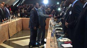 opposition_conclave_bruxelle_tshisekedi_salut_delegation_elise_barthet_640_350_1